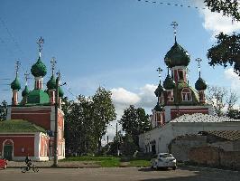 Владимирско-Сретенский собор и церковь Александра Невского